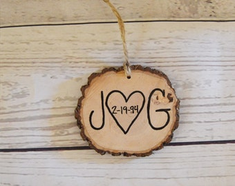 Wood Slice Art , 5th Anniversary Gift , Christmas Ornament , Couples Initials Dated , Custom Personalized , Wall Hanging  , Wedding Favors