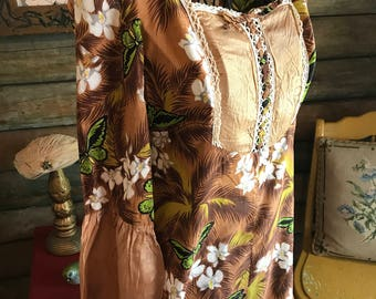 Butterfly maxi with satin features tie front definately 70s!