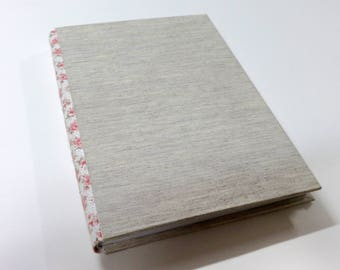 Linen journal, handmade Bradel binding, unique gift for writers, blank book, wedding linen guestbook, personal journal, 15.5 x 22 cm