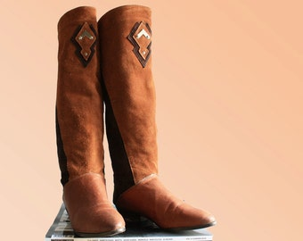 Brown Suede Knee High Boots US 7.5 EU 38 UK 5 Flats Western Boho Hippie Cowgirl Cowboy Vintage