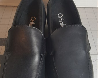 New Orthofeet Black Leather shoes size 6 w.