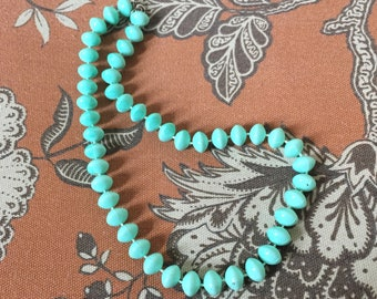 Vintage 50's Turquoise Acrylic Classic Bead Necklace