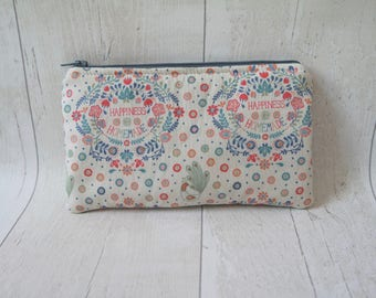 Small cotton zipper pouch/ pencil case/ makeup bag, made with cotton fabric and fully lined.