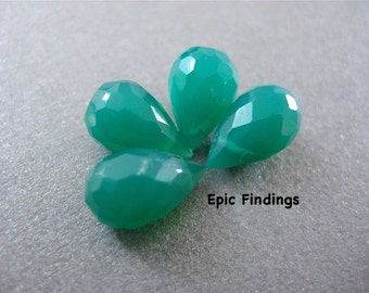 Sale!! Green Onyx Faceted Teardrop Briolette, Gemstone Briolette, Green Onyx Teardrop Beads Pendant Charms, Epic Findings