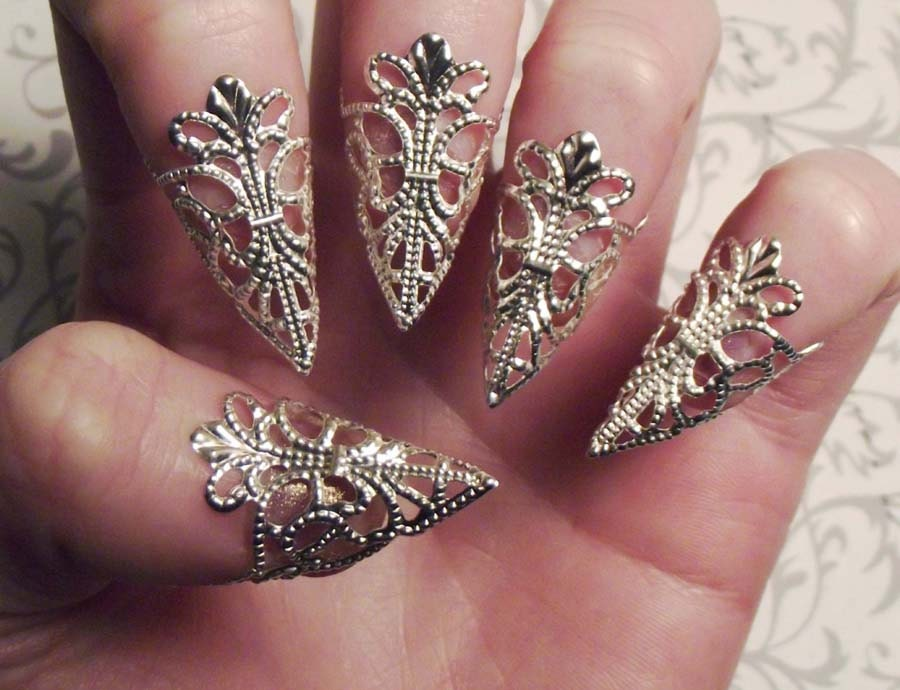 Silver dragon claws nail armor set of 5 zoom prinsesfo Choice Image