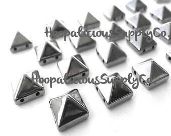 100pc Acrylic Studs. Sew or Glue. 10mm Square Pyramids. Choose Silver, Gold, Brass,or Gun Metal.Fast Shipping w/Tracking for Domestic Orders