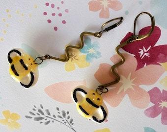 Yellow and Black Bumble Bee Earrings (4270)