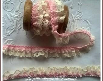Anna Ecru lace and rose