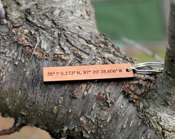 Custom coordinates urban wood keychain // mothers day // fathers day // anniversary // birthday gift // personalized gift // wedding gift