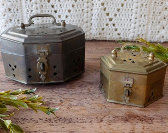 Vintage brass trinket box. Antique brass gift box. Octagonal and hexagonal cricket brass box. Vintage brass decor. Wedding decor.