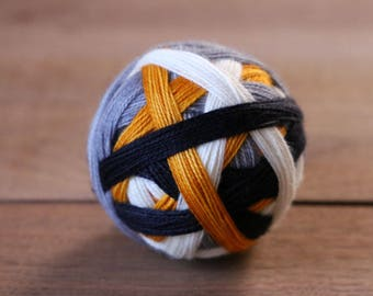 Ready-to-Ship: The droid you're looking for (BB-8) - Pax Sock, 2 ply, 80/20 sw merino/nylon 400 yds/100g
