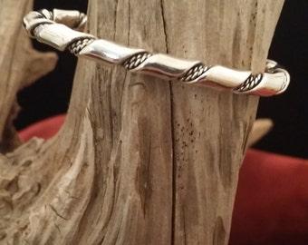 Beautiful Vintage Sterling Silver Rope Designed Cuff Bracelet