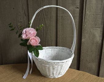 Flower girl basket/ rustic flower girl basket/ wedding basket/ wedding accessory/ flower girl/ rustic basket/ rustic basket for flower girl