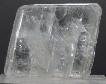 Optical Calcite with Double Refraction Properties