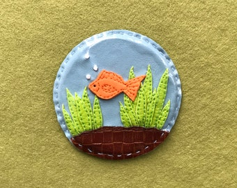Goldfish Bowl, Pocket Mirror, Compact Mirror, Vegan Leather, Goldfish Art, Goldfish Accessories, Fancy Mirror, Hand Mirror, Fish Gift, 8cm