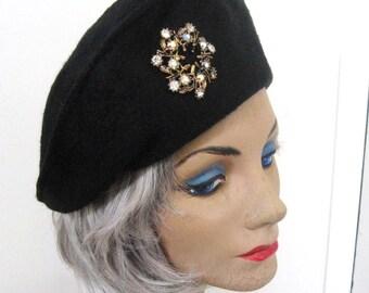 Vintage Black Hat 50s 60s Felt Toque Pillbox, AB Rhinestone Jewel Trim, Splendicle Italy, Italian Velour, Day to Cocktail Classic