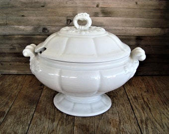 Red Cliff Ironstone Heirloom White Vintage LARGE Soup Tureen