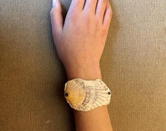 Sunrise Seashell Bracelet