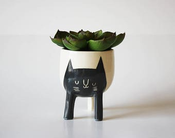 Small Three-legged Planter with Black Cat