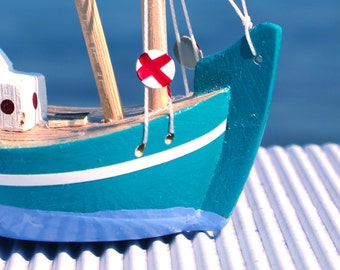 Wooden Boat - Fishing Boat - Trawler / Handmade - Hand Painted - Free Shipping