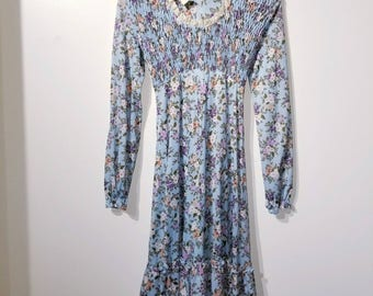 Early 90's Vintage Floral Peasant Dress by LAUNDRY - EUC