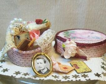 miniature memories box