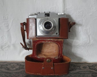 Ansco Memar Pronto Camera With Leather Carrying Case Vintage Electronics