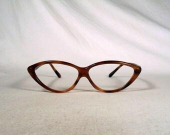 fabulous vintage sunglasses lunettes eyeglasses 1970 cat eye carved frame france rare