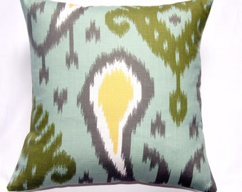 SALE Pillow, Green pillow, Green throw pillow, Green toss pillow,  Green accent pillow, Ikat Pillow, Dwell Studio Batavia Ikat, Ikat Pillow