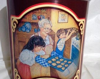 1989 Vintage Tin/Nestle Toll House Morsels Celebrates 50th Anniversary/Cookie Tin/Storage Tin