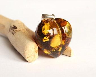 Heart shape amber pendant natural Baltic amber jewellery big amber heart pendant green amber amber jewelry love gemstone pendant 6.8 g.