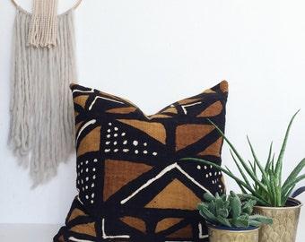 Bogolan pillow, African Mudcloth Pillow, African Mud Cloth Pillow, Brown Tribal Bohemian Throw Pillow, accent pillow, Bogolanfini Pillow