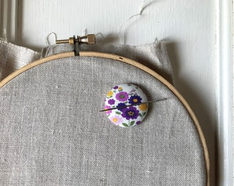 Needleminder,Needle,Minder,Needle Keeper,Embroidery,Embroidery Supplies,Crossstitch Supplies,Crosstitch,Flowers, Floral,Purple,Teacher Gift