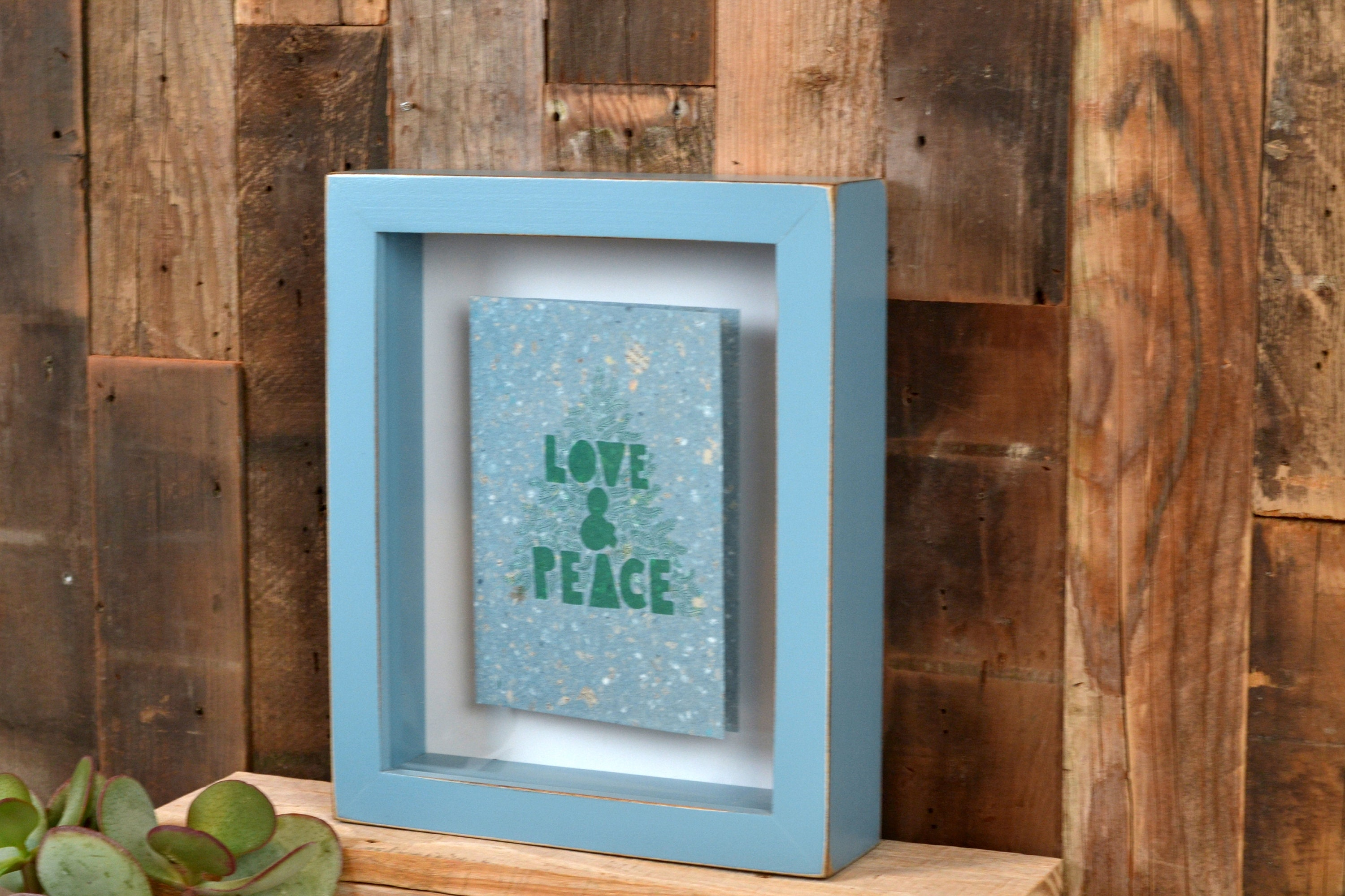 Shadow Box Frame - Holds up to 7.75 x 9.75 x 1.5 deep - with Vintage ...