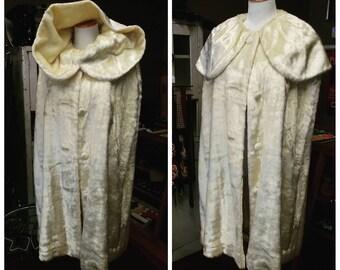 Clearance *** Amazing Vintage White Faux Fur Cape Coat