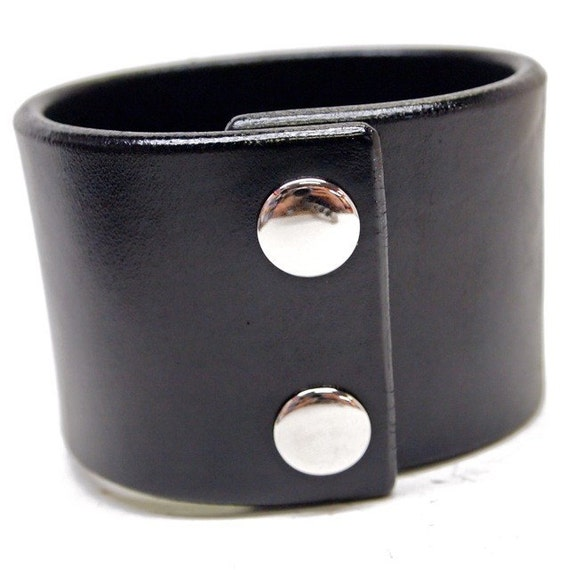 Black leather cuff wristband 2 inch wide American bridle leather Bracelet Handmade for YOU in New YorkC by Freddie Matara