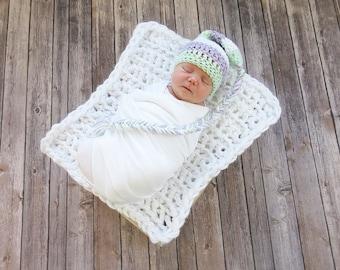 Newborn Elf Photo Prop Hat, Newborn Photo Prop, Baby Crochet Hat