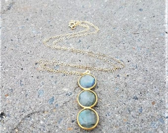 Labradorite Necklace, Round Labradorite Pendant Necklace, Labradorite Three Stone Necklace, Labradorite Pendant, Labradorite Bar Necklace