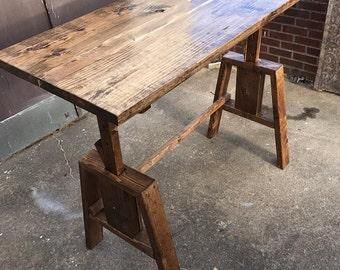 Height Adjustable Sitting / Standing Desk