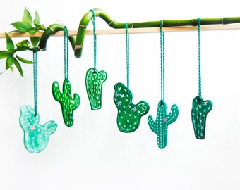 Set Cactus ornaments, Cactus gift, Succulent lover gift, Hanging Cactus, Southwestern decor, Mexican decor, Spring ornament, Greenery decor