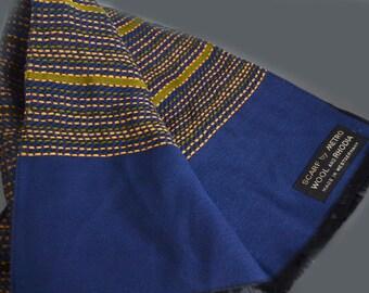 Vintage 1960s Mens wool  scarf By metro