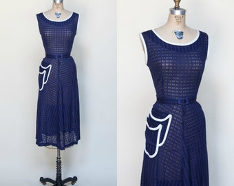 1940s Day Dress --- Vintage Navy Cotton Dress Large