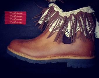 leather boot with Portuguese lace   size 38