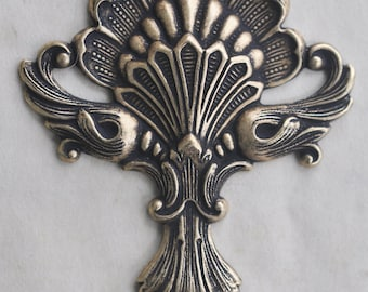 Art Nouveau Brass Shell Ornament, Brass Ox, Brass Stampings, Stampings, Craft and Jewelry Supplies Made in the USA