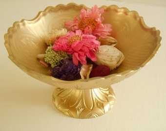 6 Gold pedestal vase wedding centerpieces for Art Deco & glamorous Hollywood Regency style parties