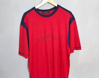 BEN SHERMAN • vintage camiseta 5XL • claro • rojo • Budapest • • bordado de la insignia