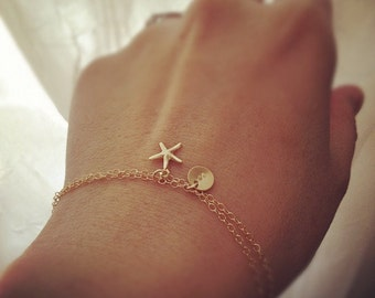 Personalized Bracelet, Initial Bracelet, Initial and Starfish Bracelet, 14k Gold Filled Initial with Starfish Charm Bracelet