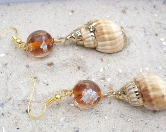 Scalloped earrings, snail's gold banded, cream ochre, brown Lampworkperle with gold silver foil, also called earrings, Ooak