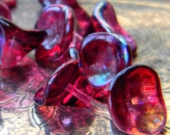 Fuchsia Iridescence (12) -Czech Glass Bell Flowers 10x12mm