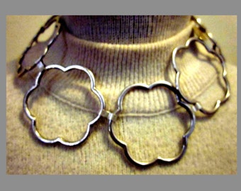 Silver Plate Scalloped Hoop Choker Necklace
